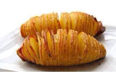 πατάτες ακορντεόν