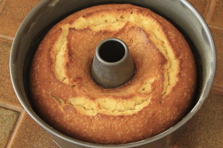 gold-oven-pound-cake