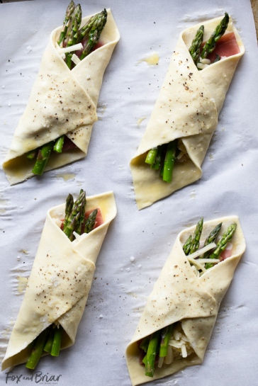 Puff-Pastry-Asparagus-Bundles-1-of-13
